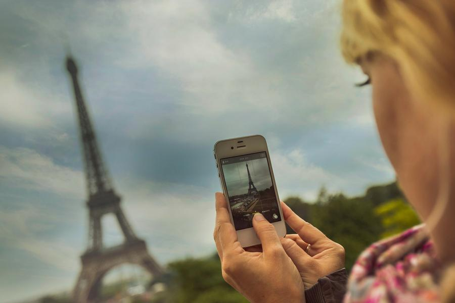 Superfluous selfies and stock photos of landmarks. Peter West Carey shares his tips to help you avoid any photography blunders on your next trip.