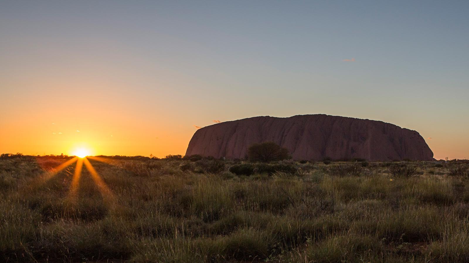 12 Days Melbourne To Uluru