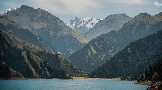 Resultado de imagem para heaven lake