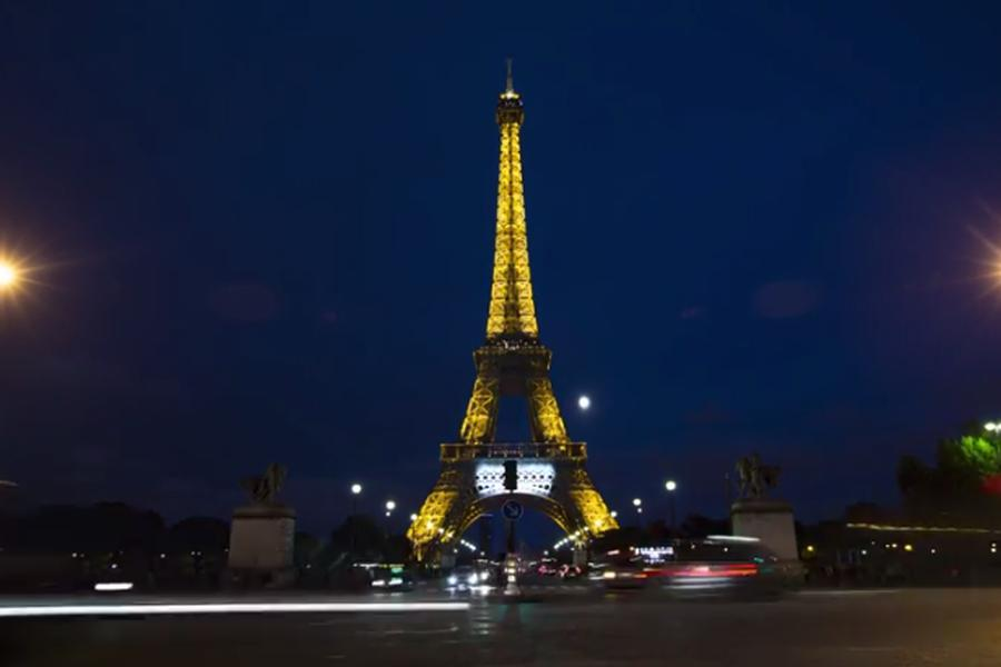 Come to Paris with us to watch