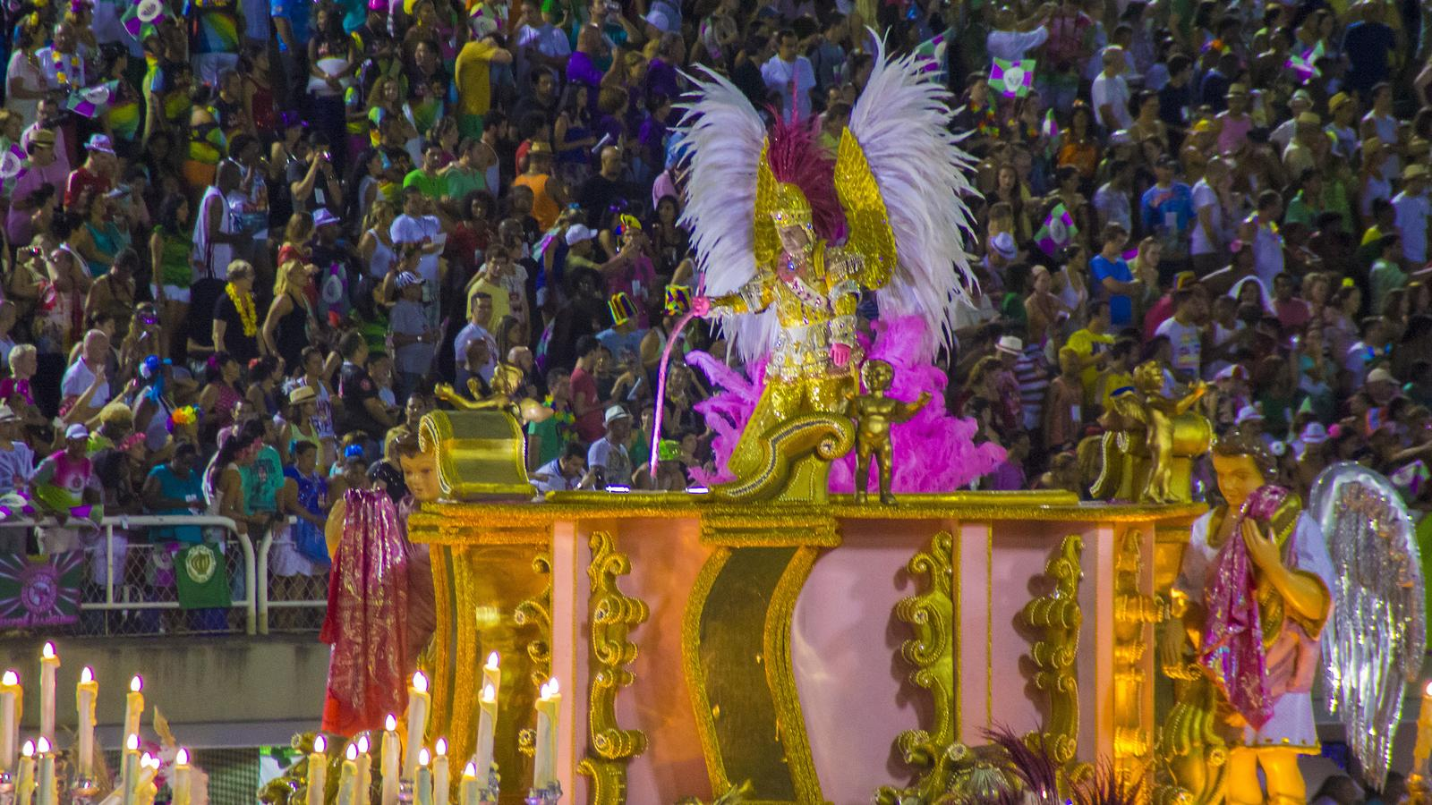 Rio Carnival: Sequins & the Sambadrome (Hostel Experience)