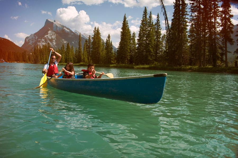 Nestled inside of Banff National Park and alongside the majestic Rockies, Banff has a little something for everyone.