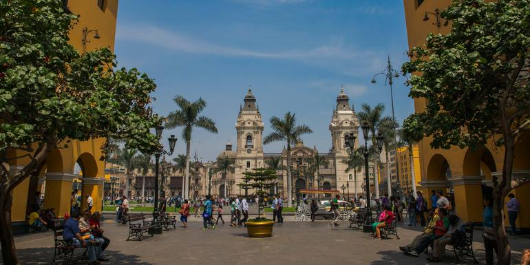 Lima Day Tour: Highlights and Insiders Tour (half day)