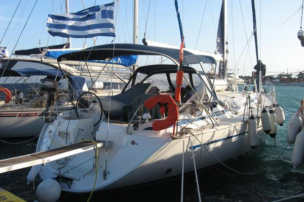 It's the place to slow down a fast-paced lifestyle for a while - and what better way is there to soak up the Greek Islands than by sailboat?