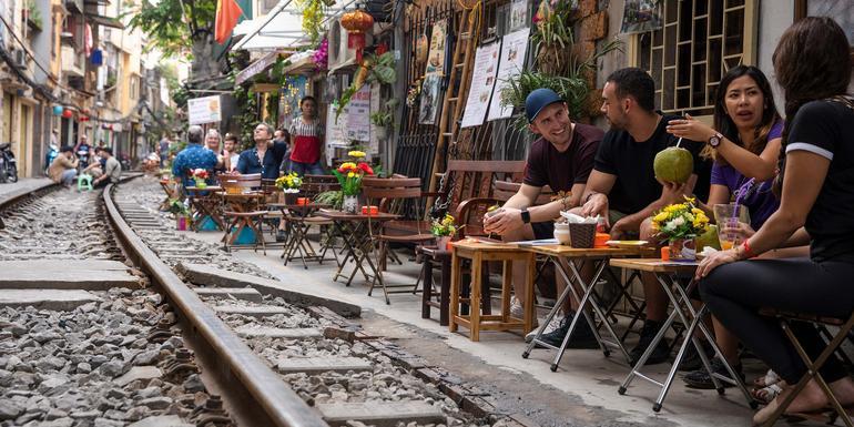 Hanoi Day Tour: City Highlights (full day)