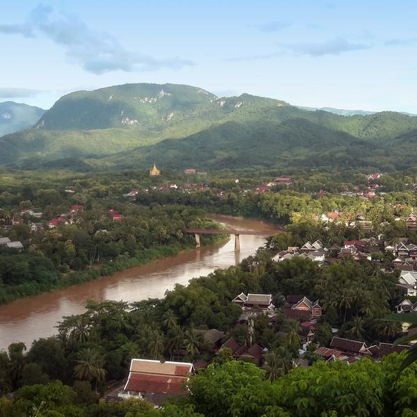 Laos: Sunrises & Street Food