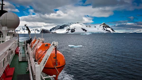 travel styles cruising expedition cruises