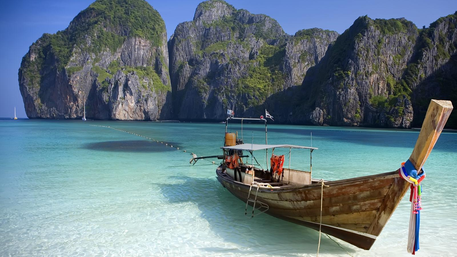 Hasil gambar untuk Koh Phi Phi