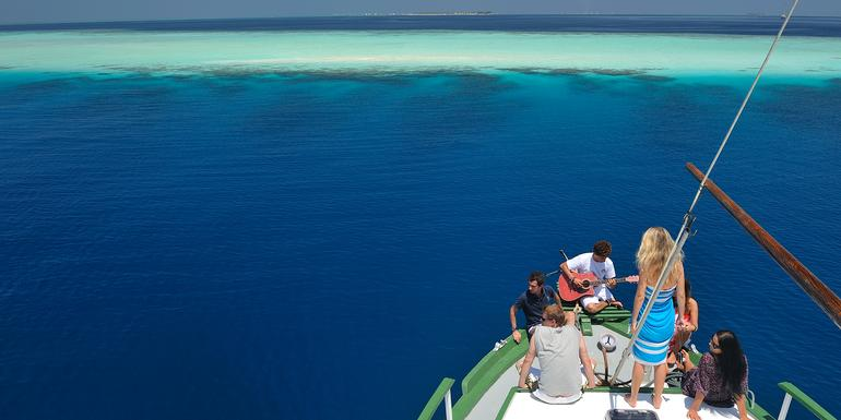 Cover Image of Maldives Dhoni Cruise