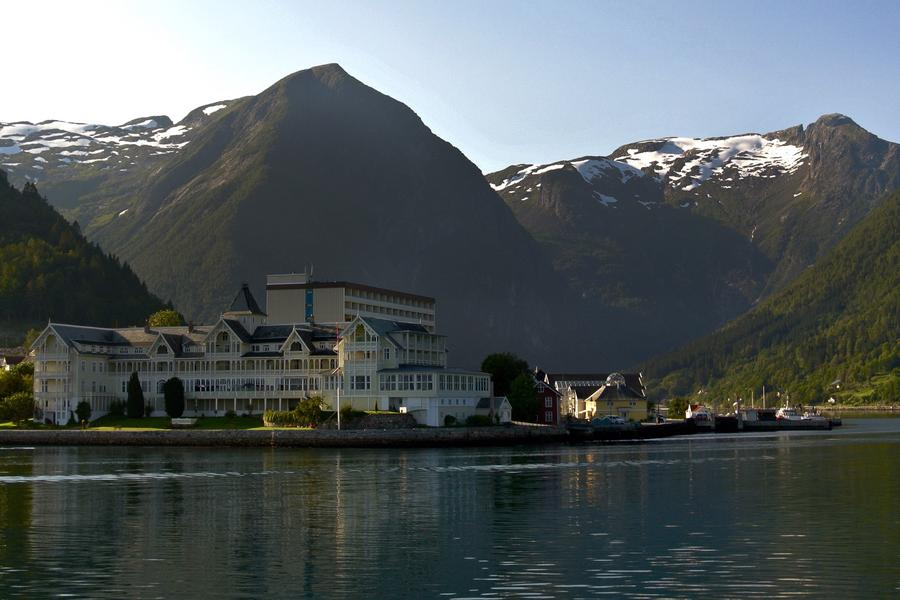 It's all aboard as travel writer Shelley Seale chugs along the famous rail lines of Scandinavia.