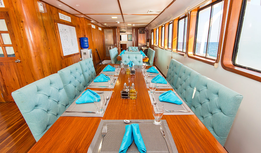 Meal aboard the Xavier