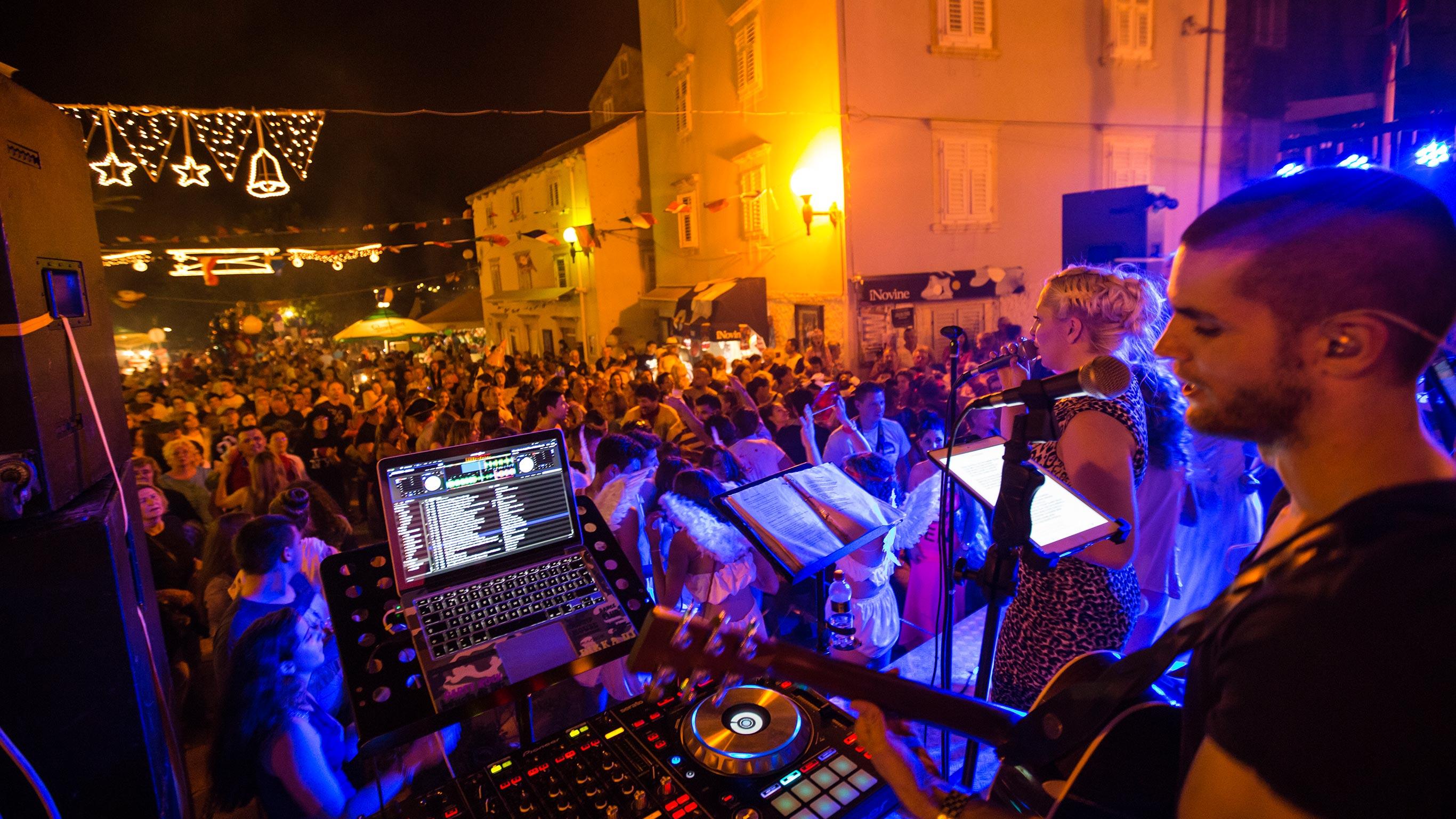 Stockists of Adriatic Adventure–Dubrovnik to Athens