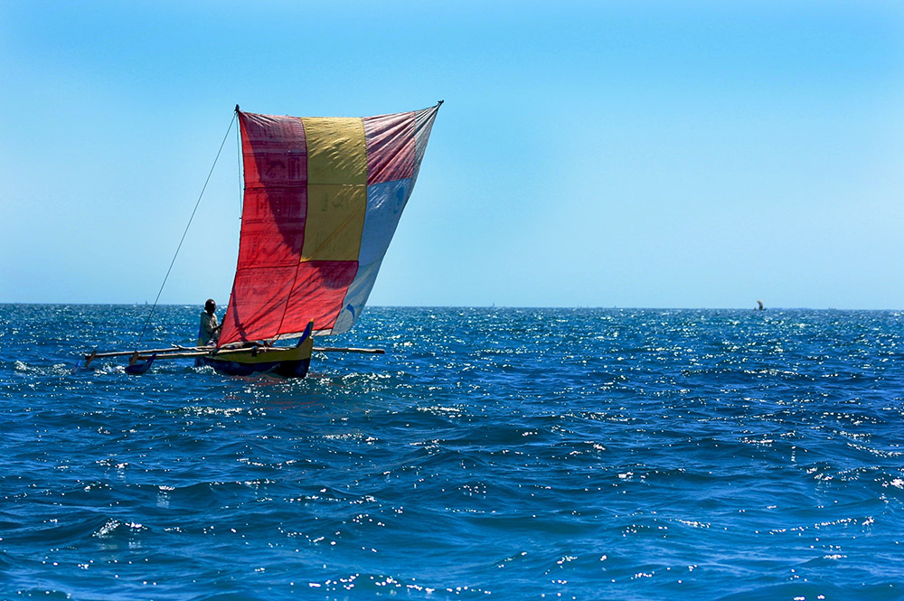 A sailboat made of balsam.
