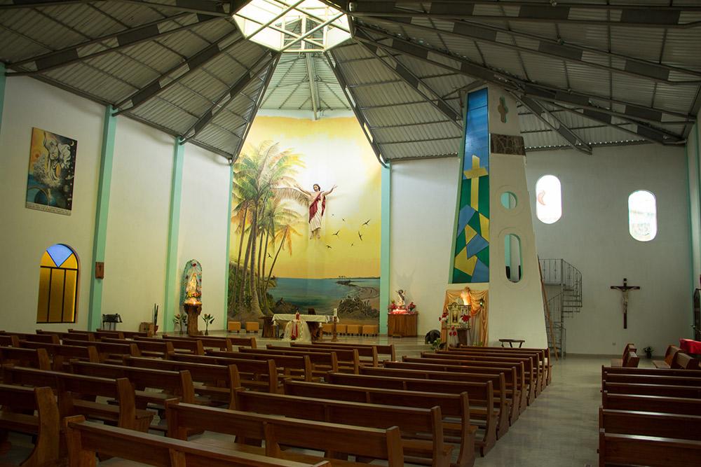 Iglesia Cristo Salvador on Isabela Island. Photo courtesy Sheep R Us.