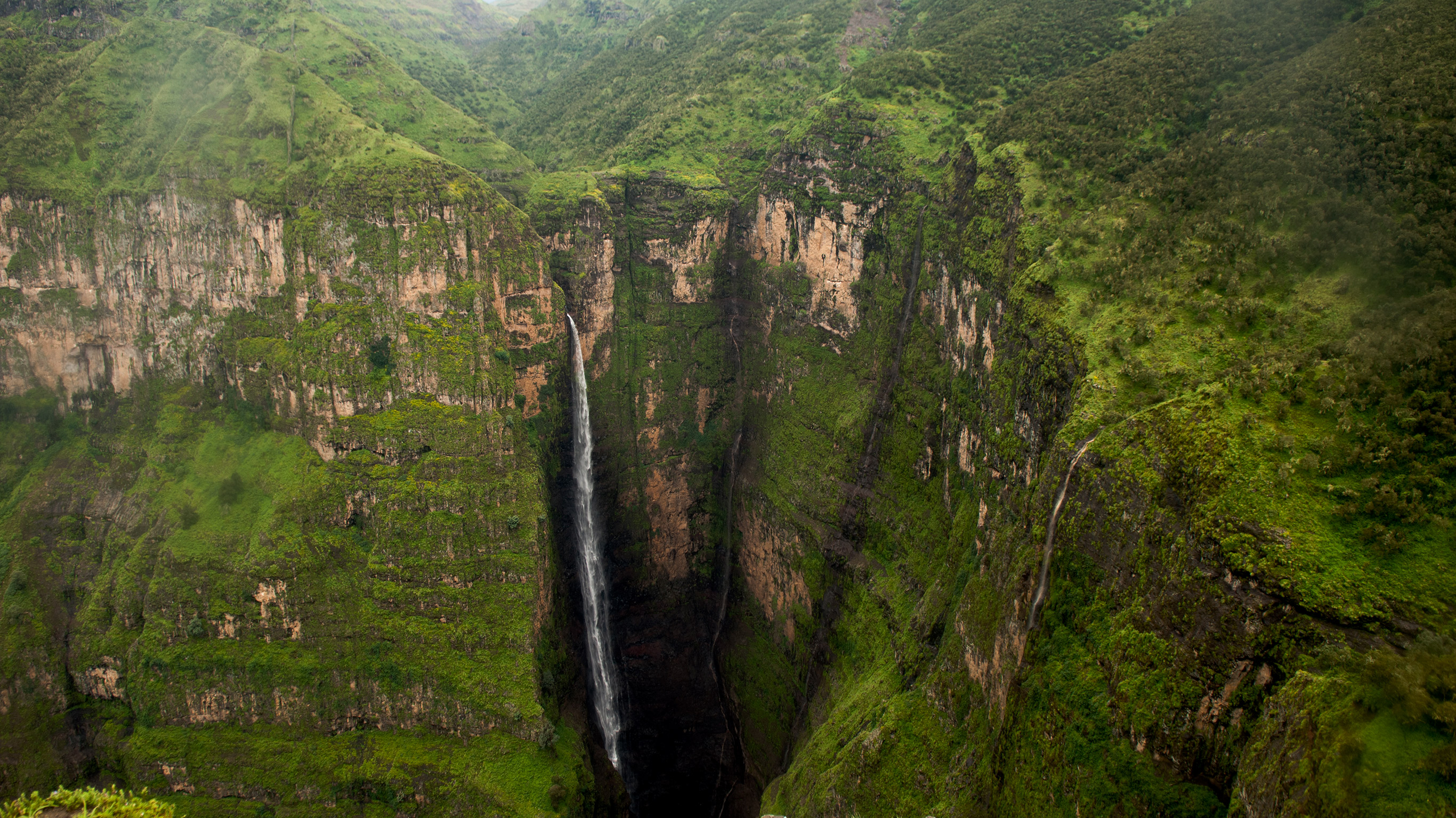 Ethiopia Simien NP Mountains Waterfall IS 24150408 Or RGBfeature