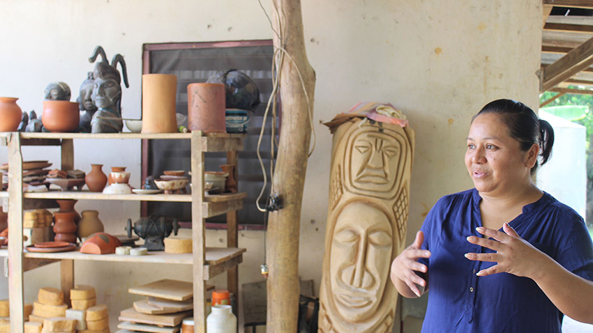 "See the traditional pottery techniques of these Mayan masters on the ""Mayan Encounter"" tour."