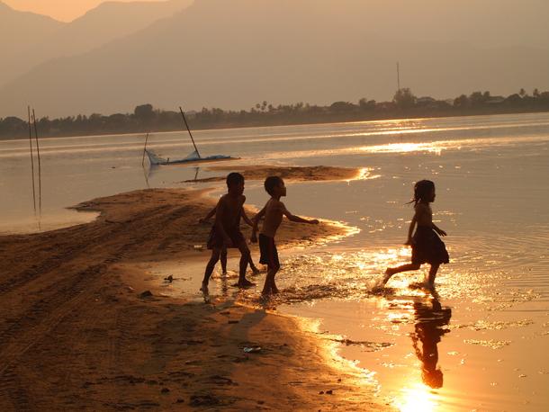 Don Daeng Island, Loas - Photo by Matt Jackson