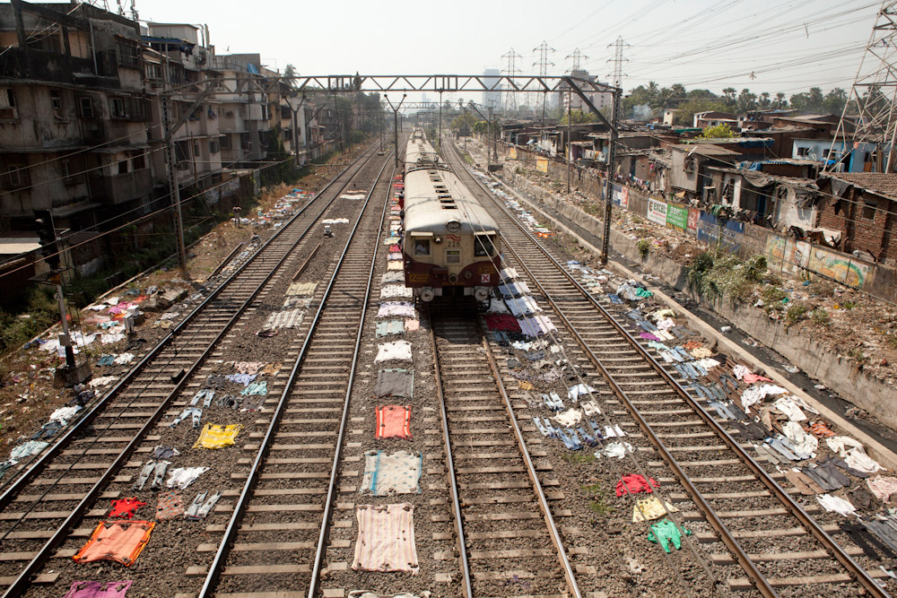 Laundry drying along the train tracks in the Dharavi slum. Photo courtesy Ishan K.