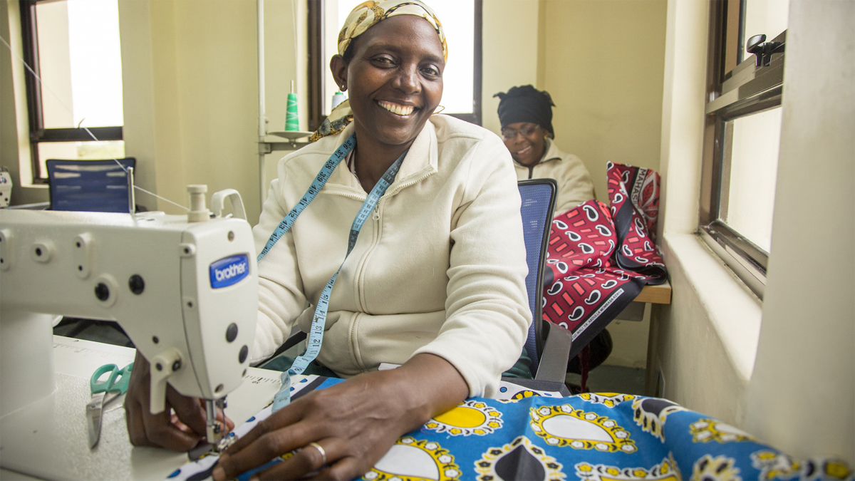 The Ubuntu training café empowers communities and creates jobs along the only route to the Maasai Mara.