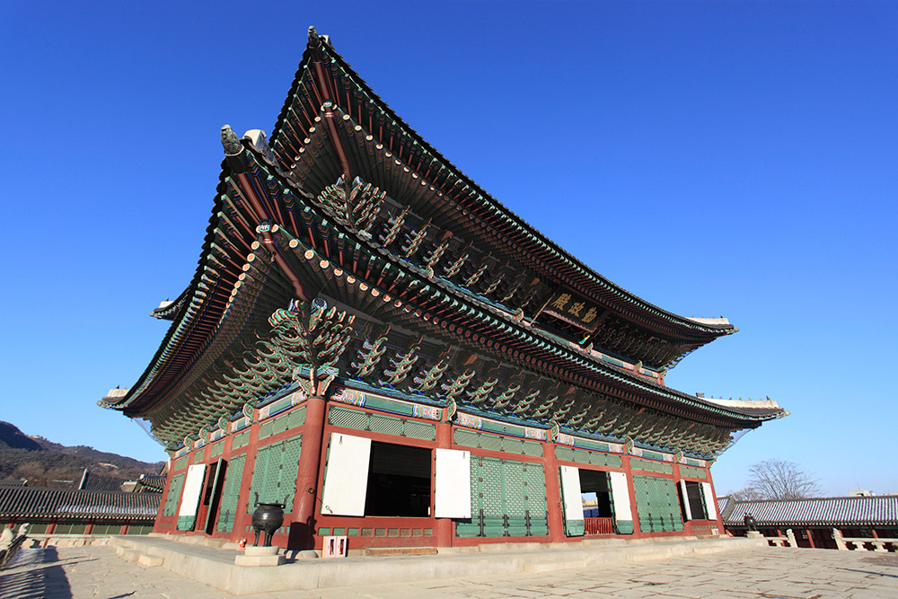 The Gyeongbokgung Palace dates back to 1395.