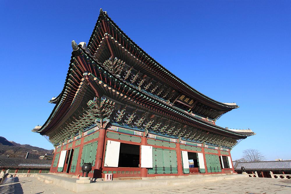 The Gyeongbokgung Palace dates back to 1395.