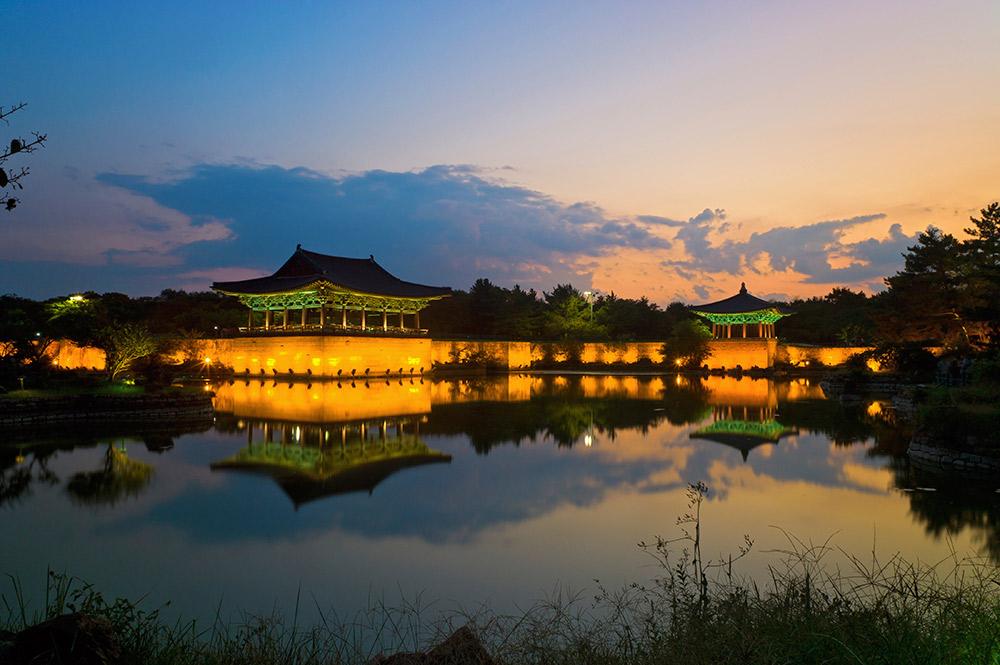 Sunrise at Anapji pond in Gyeongju.