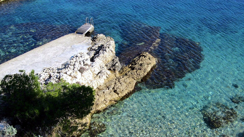 Clear waters in Saint Jean Cap Ferrat, France. Photo courtesy Fulvio S.