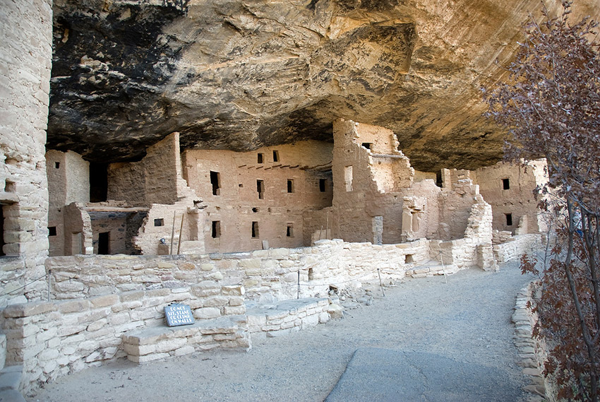 The Anasazi cave in Mesa Verde NP.