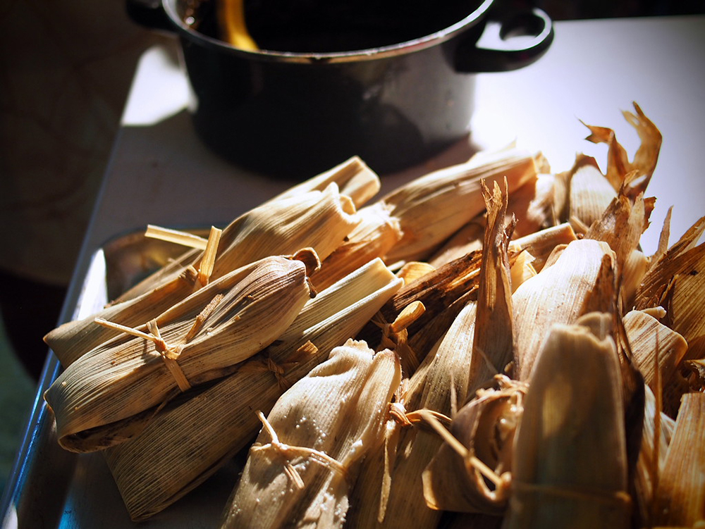 Tamals wrapped in corn husk.