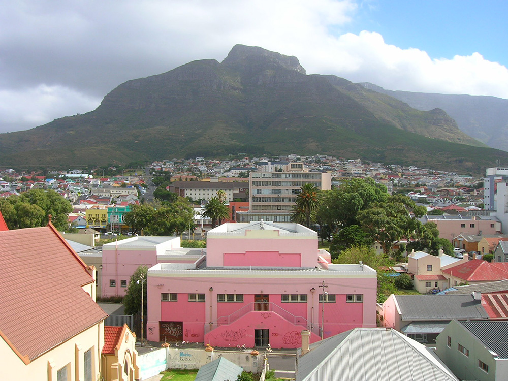 The colourful streetscapes of Woodstock in Cape Town. Photo courtesy of Kierano.