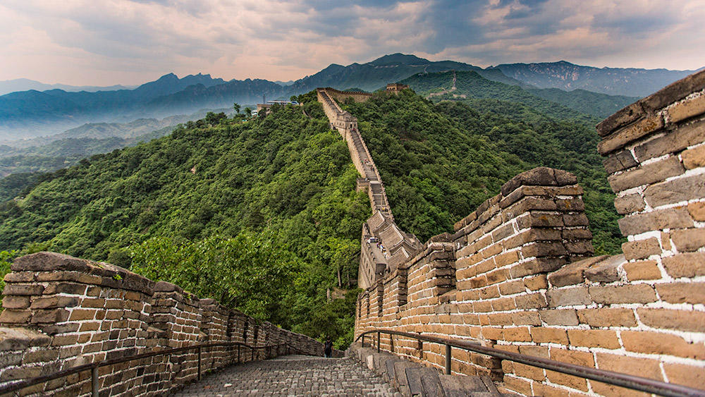 The Great Wall of China in all its glory.