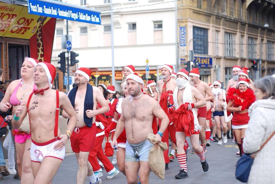These naked Santas need to keep moving or they'll freeze! Photo courtesy Mikulás Kocogás.