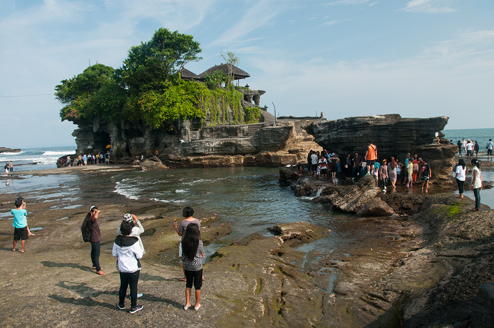 Low tide to walk out to Tanah Lot Temple.