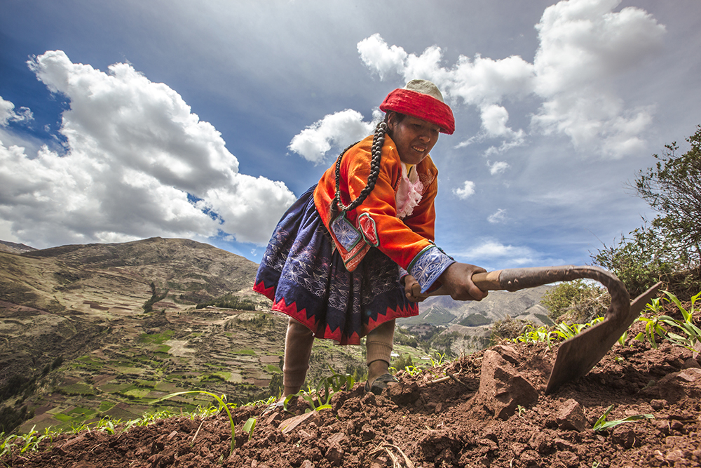"""This woman, who Dragan also met in Peru, said: """"I love living and working here. I love receiving travellers in our community. Living in the country is better. It is calm and peaceful. More healthy than living in the cities where it can be quite dangerous at times."""""""