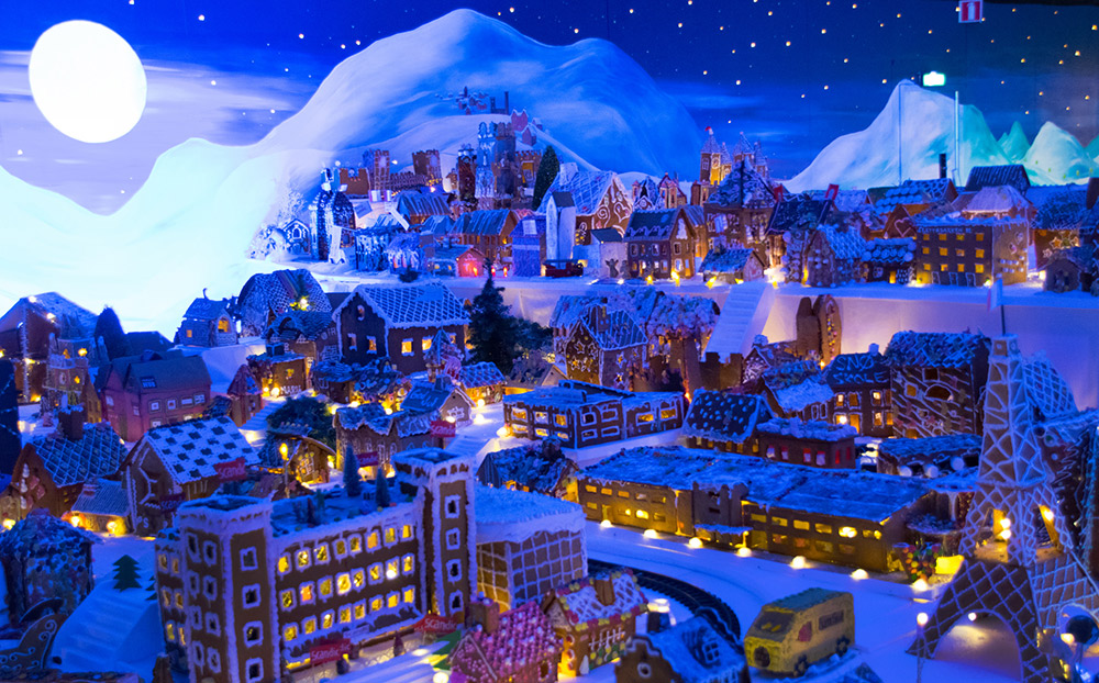 Creativity abounds in Bergen's gingerbread town. Photo courtesy Einskink.
