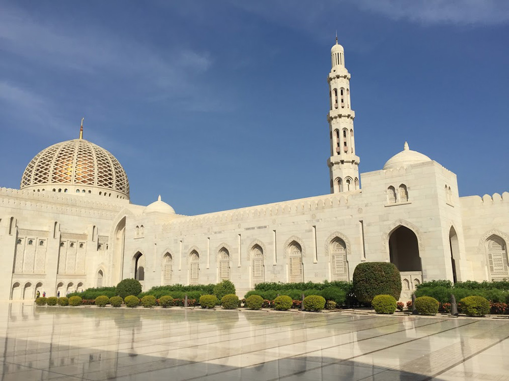The Sultan Qaboos Grand Mosque is the only mosque in Oman that is open to non-Muslims.
