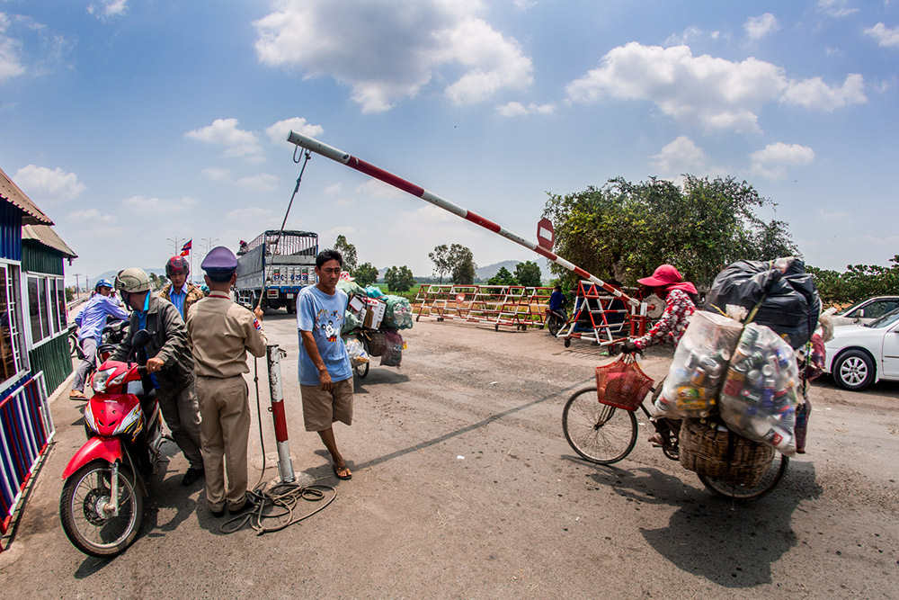 Time to cross the border into Vietnam. Stay tuned for that blog post, coming soon!
