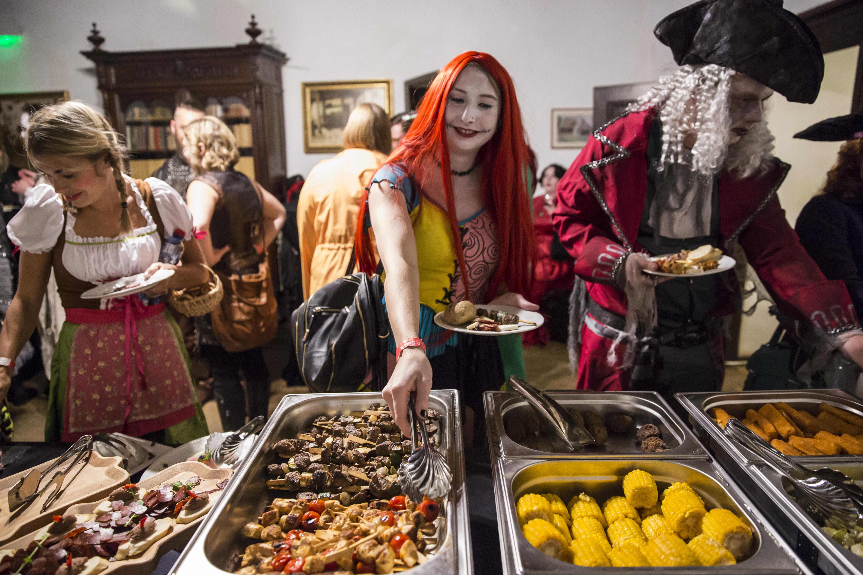 Halloween in Transsilvanien in Rumänien, Europa - G Adventures